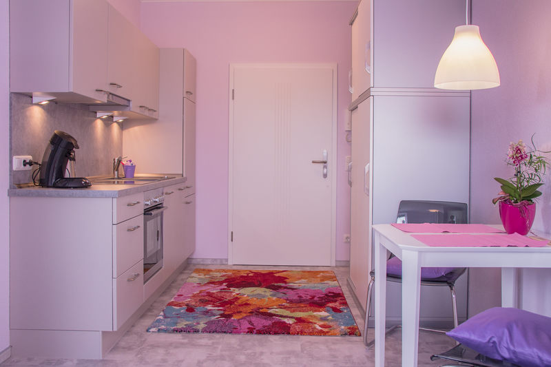 Eingangs & Küchenbereich Apartment Amethyst - Pension-Wildau