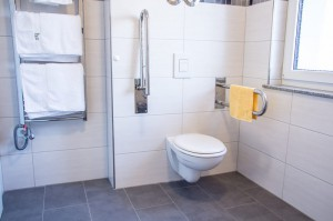 Barrierefrei Badezimmer Apartment Citrin - Pension-Wildau