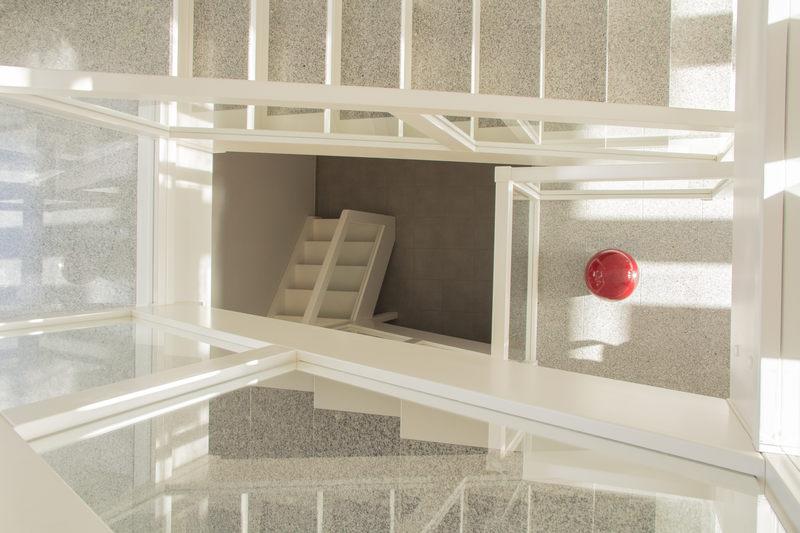 Blick vom Obergeschoss ins Treppenhaus - Pension-Wildau
